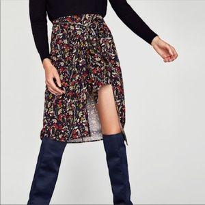 Zara Floral Midi Skirt NWT Size Large